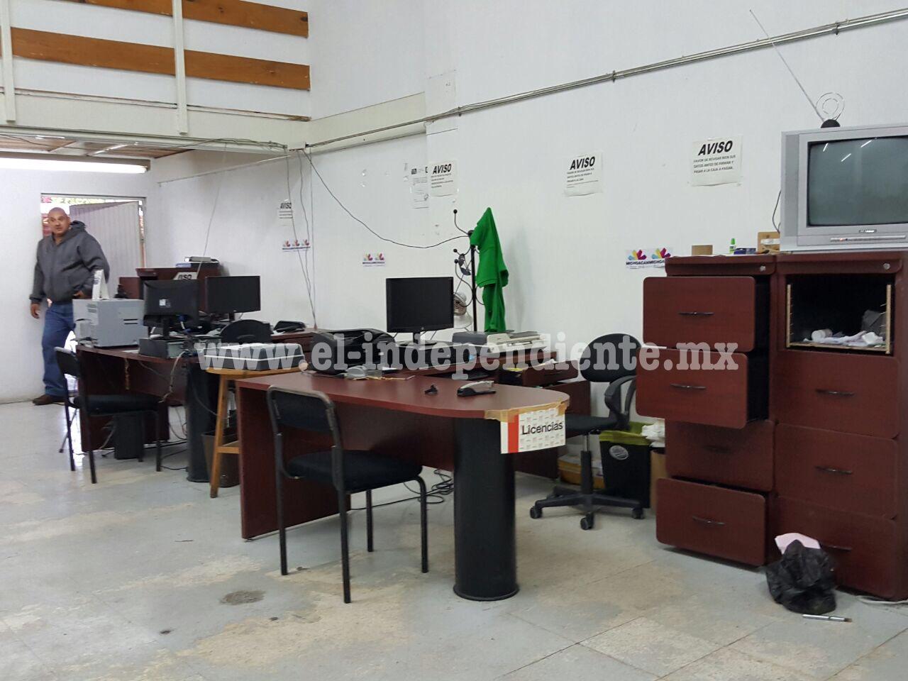 Roban la oficina de rentas en Zamora