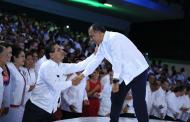 Asiste Silvano Aureoles a informe de Gobernador de Guerrero