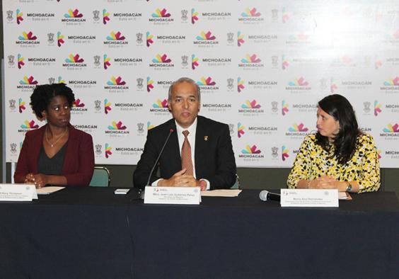 Gobierno de Michoacán y la Embajada de Estados Unidos en México asesoran a Ciudadanos Estadounidenses