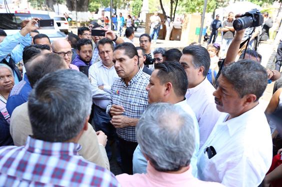 Agradecen aguacateros al Gobernador disposición para resolver problemática