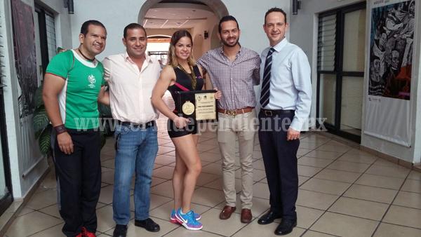Karina Álvarez visitó a autoridades municipales
