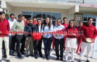 Concluyen aula y patio cívico con inversión de 350 mil pesos