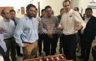 Reitera Gobernador respaldo para ampliación de comercialización de berries