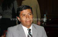 Francisco Campos se pronuncia a favor de la creación de un Banco del Migrante