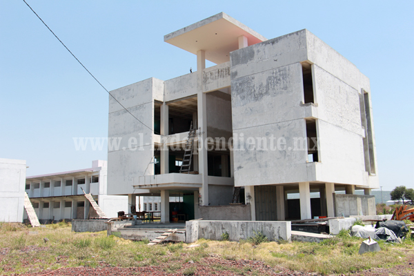 Reiniciarán gestiones para reactivar construcción de campus de la UMSNH