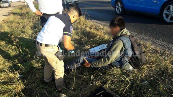 Trabajador es embestido por un taxi que se dio a la fuga en la Zamora – Tangancícuaro