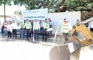 Entrega Silvano Aureoles apoyos sociales en Chavinda