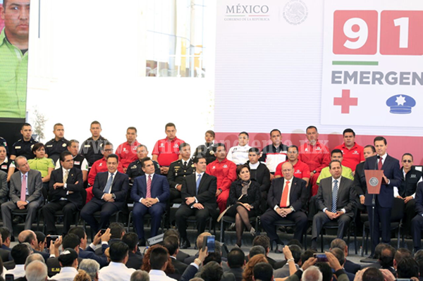 Asiste Gobernador a implementación del Número de Atención de Emergencias 911