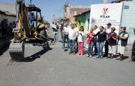 Arrancó arreglo de importante calle de la cabecera municipal de Ixtlán