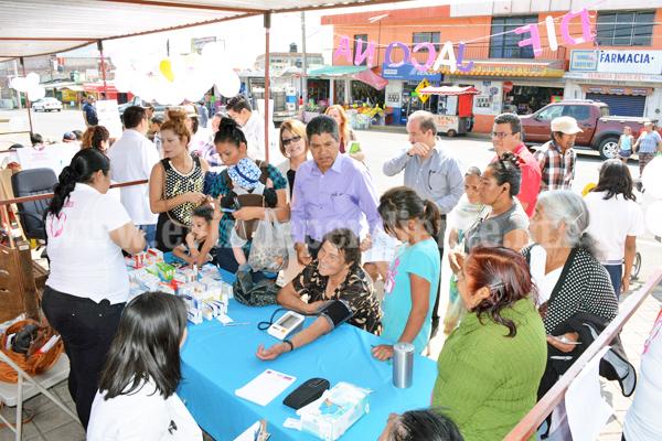 """""""En Jacona nos interesa cuidar la salud de nuestras mujeres"""": RCR"""