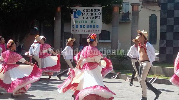 Riqueza cultural de un país se manifiesta a través de su folclore