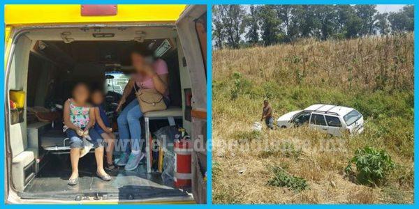 Tráiler embiste auto donde viajaba una familia de Ixtlán y se da a la fuga
