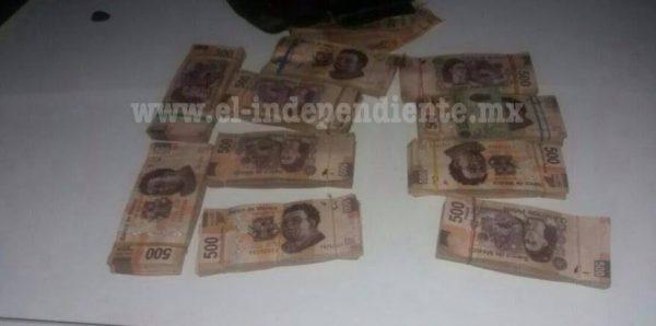 Policía Michoacán y Sedena aseguran más de medio millón de pesos en Jiquilpan