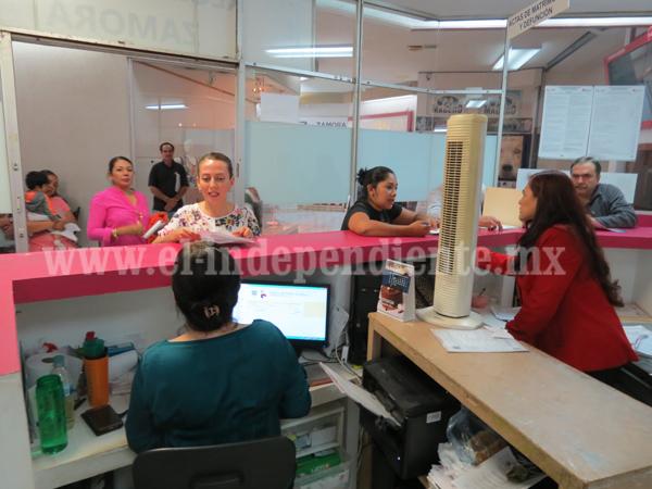 Ofrecen servicio de sociedades de convivencia en Registro Civil