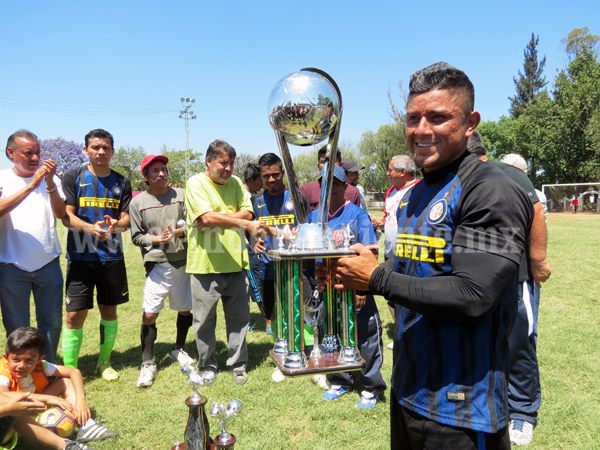 Deportivo Jacona se coronó en Torneo de liga, copa y campeón de campeones