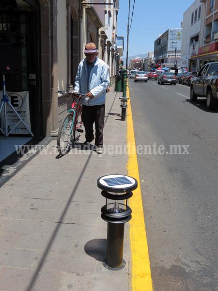 Más de 2 millones de pesos gastó ayuntamiento en lámparas decorativas