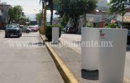 Regidor señala fraude en colocación de maceteros en Avenida Juárez