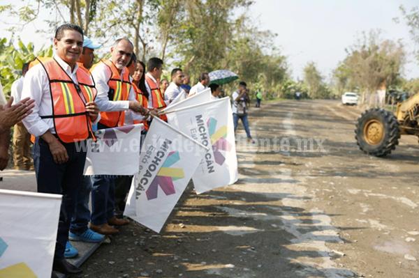 Avanzan obras y acciones para el desarrollo de Coahuayana
