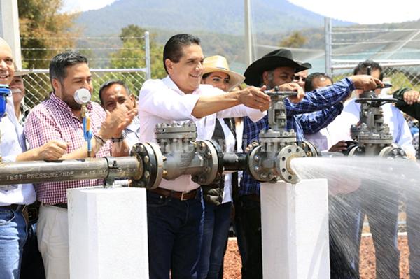 Entrega Gobernador pozo de agua a más de mil habitantes de Pátzcuaro