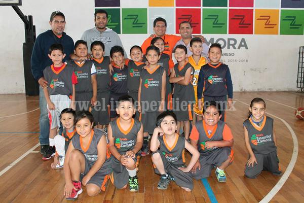 Buenos resultados de zamoranos en Torneo Estatal de categorías formativas de basquetbol