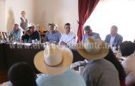 Escucha Gobernador necesidades de campesinos