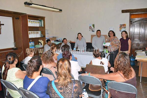 Gobierno municipal realizó 2ª entrega de créditos del programa Palabra de Mujer