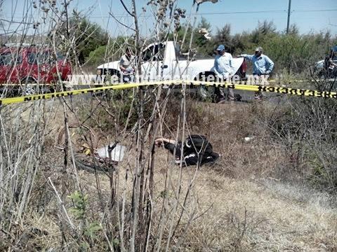 """Auto """"fantasma"""" arrolla y mata a ciclista, en Tingüindín"""