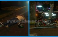 Impacta a motociclista y huye