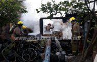 Incendio en la colonia Lázaro Cárdenas moviliza a Bomberos de Zamora