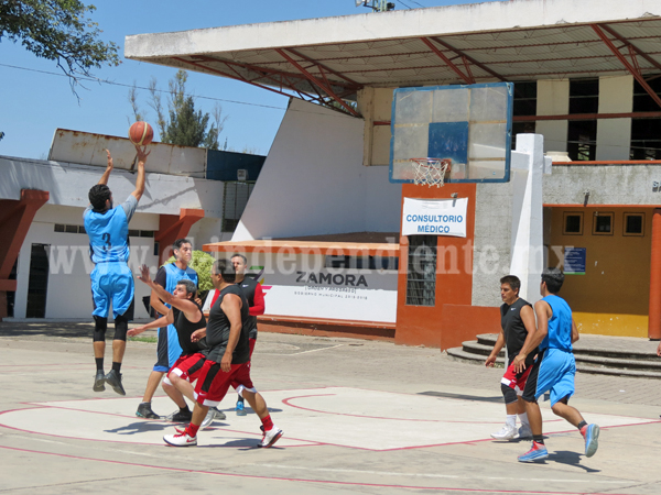 En gran encuentro, Tahúres derrotó a TWD en la liga D.I.A. de basquetbol