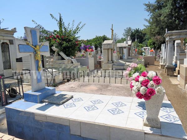 Esperan 10 mil visitantes durante Día de las Madres en Panteón Municipal