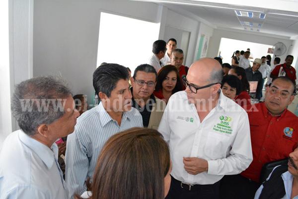 ALCALDE RUBÉN CABRERA INSISTE EN LAS GESTIONES PARA CLÍNICA MIXTA DEL IMSS EN JACONA