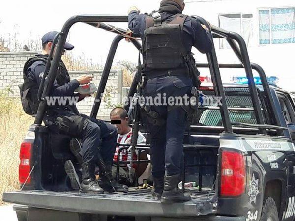 Ladrones amarran a su víctima para vaciarle su casa; uno regresa por más cosas y es detenido