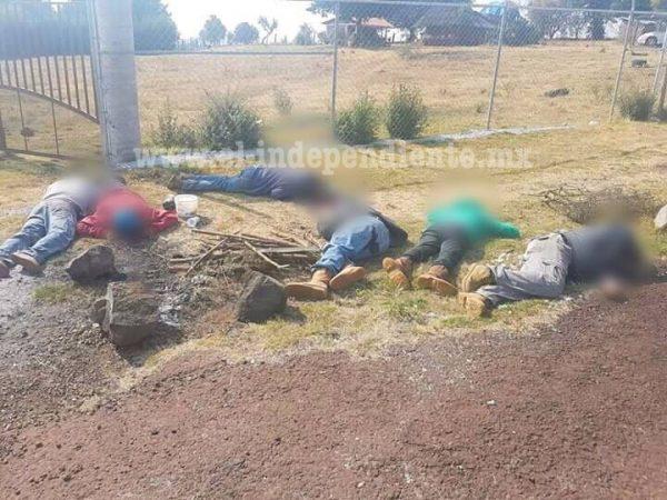 Acribillan a balazos a cuadrilla de cortadores de aguacate, son 7 los muertos