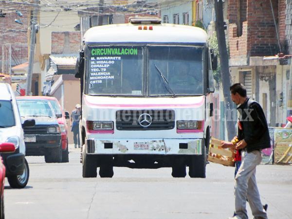 Casi 30 vehículos irregulares fueron enviados al corralón