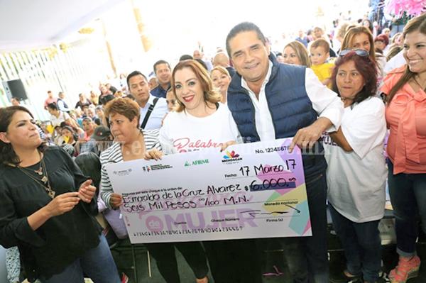 Con Palabra de Mujer, inversión de casi 120 mdp en beneficio de las michoacanas