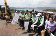 Entrega Silvano Aureoles infraestructura carretera y educativa a Hidalgo