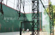 Frontenistas solicitan mantenimiento y mejoras en la Unidad Deportiva El Chamizal