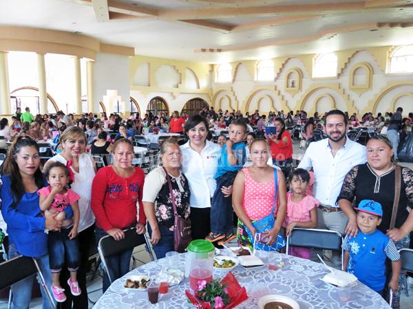 Noemí Ramírez pide reconocer equidad de género en hogares