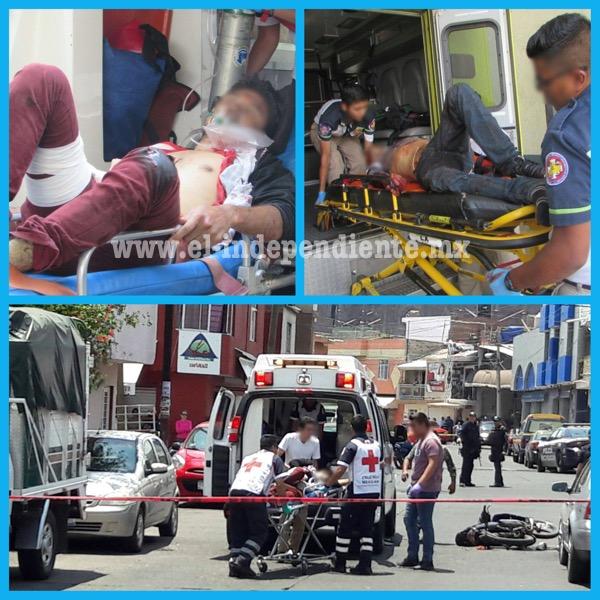 Atacan a balazos a dos muchachos en Zamora, uno muere