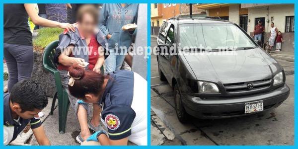 Embiste a sexagenaria y abandona su camioneta, en Zamora