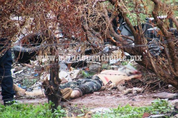 De tres balazos hombre es asesinado en Zamora