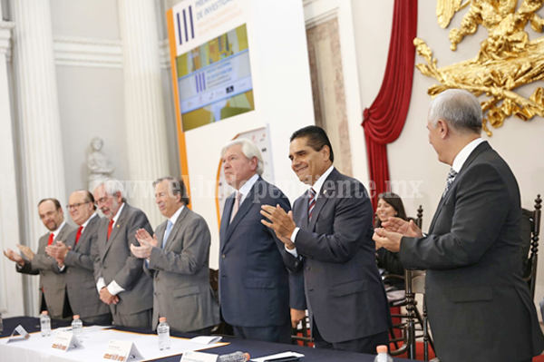 Michoacán, con potencial para la investigación: Silvano Aureoles
