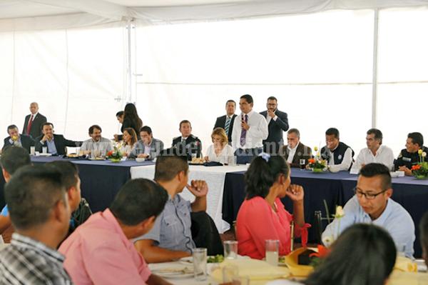 Policía Michoacán y ciudadanía, juntos para brindar seguridad: Silvano Aureoles