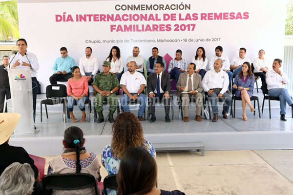 Michoacán avanza con esfuerzo de nuestros hermanos migrantes: Silvano Aureoles