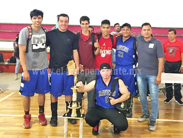 Entregan los trofeos a los mejores de la liga D.I.A. de Basquetbol