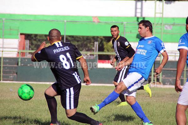 Parques y Jardines ganó con autoridad al equipo de Aseo Público en torneo Municipal