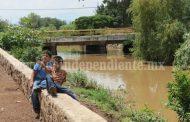 Nivel de agua llegó al límite en drenes y canales