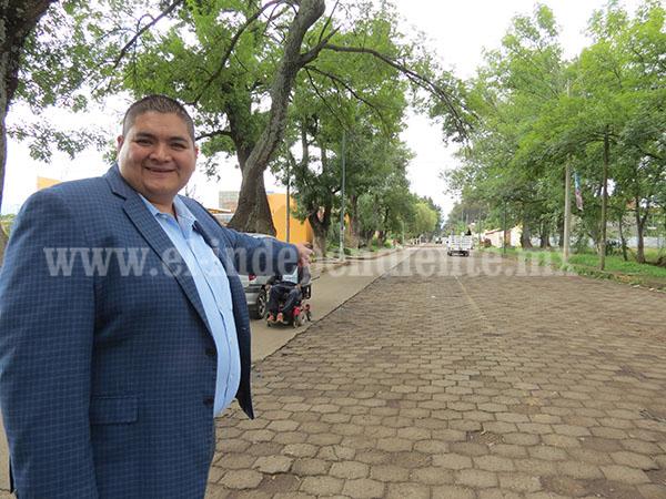 Gestiona alcalde 40 mdp para fortalecer infraestructura carretera