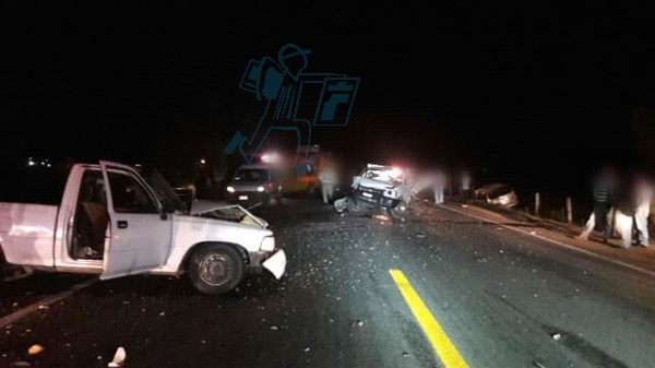 Se lesionan dos en accidente vial